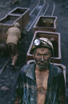 Coal miner, Pul I Khumri, Afghanistan, 2001,  photo by Steve McCurry (please repin with photographer's credits)