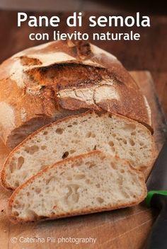 Pane di semola con lievito naturale cotto in pentola
