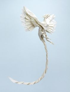 There are a surprising number of different and awesome looking origami phoenix designs. This post showcases several from many different origami artists. Origami Rose, Dragon Origami, Origami And Kirigami, Origami Butterfly, Paper Crafts Origami, Oragami, Origami Hearts, Origami Ball, Butterfly Dragon