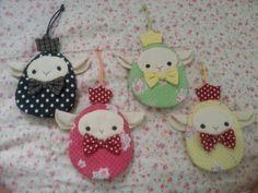 So sweet Key covers Cute Crafts, Crafts To Sell, Diy And Crafts, Sewing Crafts, Sewing Projects, Key Fobs, Key Chain, Animal Bag, Key Pouch