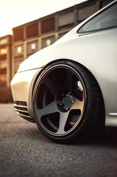 That stance // Porsche 911 turbo