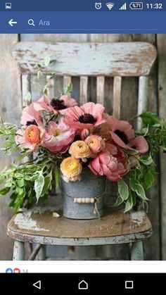 Does anything say Farmhouse Fabulous like a Charming Floral Arrangement? There is nothing like some beautiful blooms put together in a simple yet gorgeous way. You are going to find a collection of Adding a Touch of Spring with Farmhouse Flower Ideas t Deco Floral, Arte Floral, Floral Design, Bloom, Pretty Flowers, Fresh Flowers, Spring Flowers, Lavender Flowers, Wild Flowers