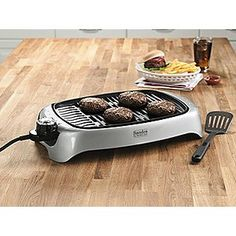 I totally want one of these! I have wanted an indoor grill for a long time! #bySandraLee