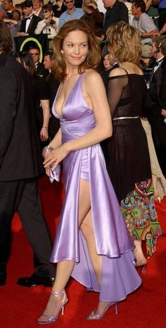 celebrity feet pictures from Diane Lane Feet photos) Beautiful Celebrities, Beautiful Actresses, Gorgeous Women, Beautiful People, Gorgeous Dress, Satin Dresses, Sexy Dresses, Diane Lane Actress, Aubrey Plaza