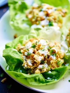 Healthy Chickpea Lettuce Wraps - So quick and easy to put together, taste great, are vegetarian, and of course, are super healthy!