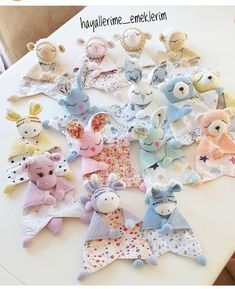 Crochet Cow, Crochet Lovey, Newborn Crochet, Crochet Patterns Amigurumi, Crochet Blanket Patterns, Baby Patterns, Stuffed Toys Patterns, Crochet Projects, Baby Birthday