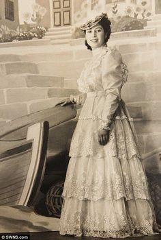royaltyspeaking:  Princess Elizabeth in costume during WWII