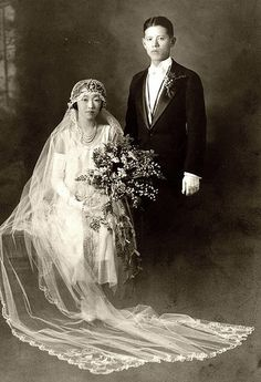 Japanese Wedding in CA, 1920s vi ozfan22s flickr | Lovely bouquet.  Handsome couple. Weddings of Yore | handsome guys picture handsome in japanese