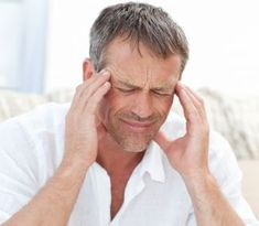 Learn about common migraine and headache causes, as well as what triggers them: stress, hormonal changes, and eating foods with too much caffeine. Headache Remedies, Headache Relief, Migraine Headache, Headache Symptoms, Pain Relief, Hangover Symptoms, Migraine Triggers, Migraine, Back Pain