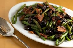 Green Beans with Tart Cherry Balsamic Glaze (i actually made this for thanksgiving, but substituted cranberries for the cherries and reduced the amount of balsamic)