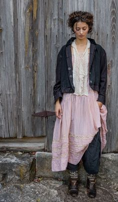 Cotton Silk Amaia Dress with Hand-Made Cotton Lace and Pintucks - Magnolia Pearl Official Web Store : Beautiful Wear Quirky Fashion, Boho Fashion, Girl Fashion, Vintage Fashion, Fashion Outfits, Magnolia Pearl, Bohemian Mode, Bohemian Style, Boho Chic