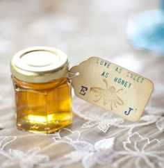 perfect wedding favor for rustic wedding.