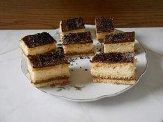 Cseh krémes Austrian Recipes, Hungarian Recipes, Austrian Food, Poppy Cake, Eastern European Recipes, Tiramisu, French Toast, Cheesecake, Cookies