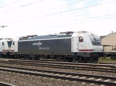 La locomotora 253, la más moderna de Renfe Mercancías - Renfe decide hacer una renovación masiva de sus locomotoras para trenes de mercancías, la serie 253 se convierte en la locomotora principal.