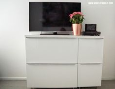 [moves...] A Dresser for the Guestroom {IKEA Metod/Maximera Hack}