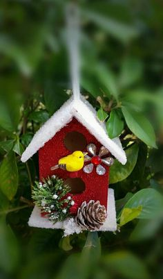 Items similar to Birdhouse ornament on Etsy Gingerbread Christmas Tree, Snowman Christmas Ornaments, Christmas Bird, House Ornaments, Christmas Crafts, Christmas Decorations, Birdhouse Craft, Birdhouse Ideas, Decorative Bird Houses