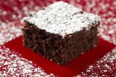 Worlds Best Brownie Worlds Best Brownies, Izu, Vanilla Essence, How To Cook Eggs, Great Desserts, Baking Pans, Melting Chocolate, Brown Sugar, Icing