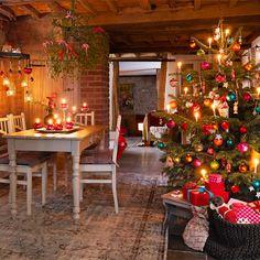 Decorare l'albero di Natale con personalità preview
