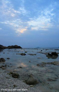 sunset Perhentian island- turtle beach