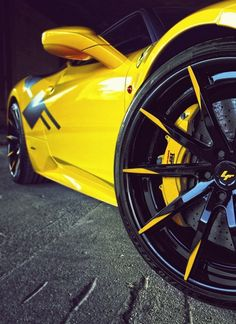 Ferrari 458 on Lexani Forged. Custom Wheels And Tires, Car Wheels, F12 Berlinetta, Rims For Cars, Best Luxury Cars, Top Cars, Ferrari 458, Car Wallpapers, Mellow Yellow