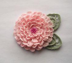 pink crochet flower brooch pink crochet brooch by SuzieSue1972, £12.50