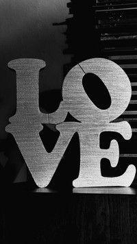 Szaro-bure love