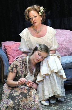 Deborah Hazlett as Amanda and Sophie Hinderberger as Laura. Photo by Stan Barouh. Everyman Theatre.
