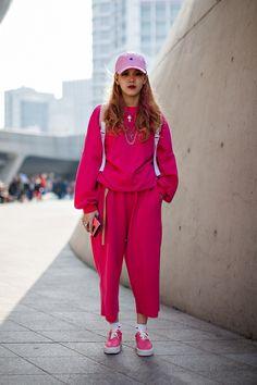 44 Fashionable Casual Style Ideas Every Girl Should Keep - World Fashion Latest News Girl Fashion Style, Pink Fashion, Love Fashion, Fashion Outfits, Fashion Design, Fashion Trends, Fasion, Fashion Styles, Fashion Tips