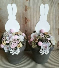 17 Ideas For T-shirt Ideas Easter Easter Tree, Easter Wreaths, Hoppy Easter, Easter Eggs, Liquor Bouquet, Easter 2018, Spring Projects, Easter Parade, Easter Celebration