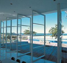 Beach House - Isay Weinfeld