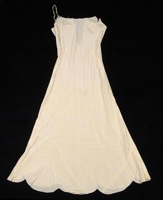 Slip | Madeleine Vionnet | French | 1932 | silk | Brooklyn Museum Costume Collection at The Metropolitan Museum of Art | Accession Number: 2009.300.7150