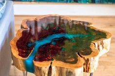 Cedar Round Epoxy Table With Steel Geometric Base - Resina epoxi - Resin Furniture, Wooden Furniture, Cool Furniture, Furniture Ideas, Resin Crafts, Resin Art, Wood Crafts, Colored Epoxy, Palette Deco