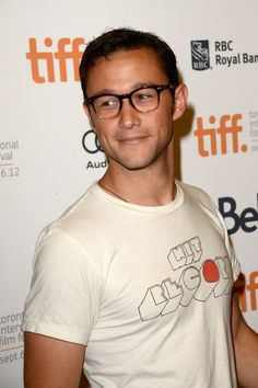 What about this one of him wearing a T-shirt on the red carpet? It's a red carpet! IT'S NOT FOR T-SHIRTS! | 42 Things That Prove That Joseph Gordon-Levitt Is The Perfect Man
