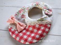 リボンスタイ1 赤チェック Handmade goods for baby&kid`s Handmade shop *tutu* 【生地】 表 Wガーゼ 中 タオル 裏 Wガーゼ