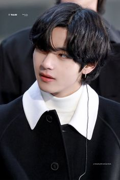 Find images and videos about bts, taehyung and today show on We Heart It - the app to get lost in what you love. Foto Bts, K Pop, Handsome Faces, Kim Taehyung, Today Show, Record Producer, Bts Bangtan Boy, Korean Singer, My Idol