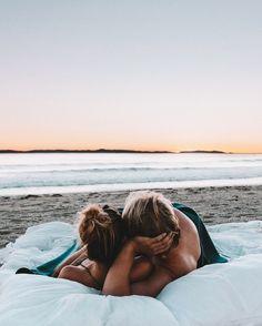 Romantic scenes · summer love couples, beach love couple, beach couples, couple fun, couples in Beach Love Couple, Summer Love Couples, Cute Couples Goals, Romantic Couples, Couple Goals, Beach Couples, Couple Fun, Romantic Scenes, Couple Ideas