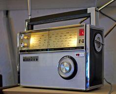 """Die Shin-Shirasuna Electric Corporation aus Japan brachte unter dem Label """"SILVER"""" in den Sechzigern zahllose Röhren- und Transistorempfänge..."""