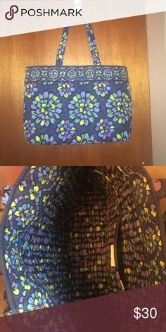 Vera tote Colorful Vera Bradley tote. Lightly used, no flaws. Used occasionally as an overnight bag. Vera Bradley Bags Totes