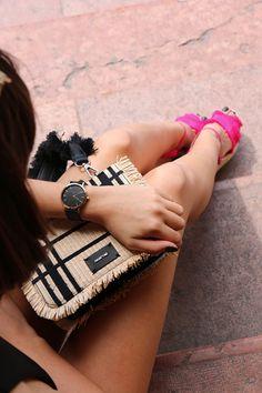 Nagy Zsófia ma elegánsabb szettet választott Glamour, Outfit, Pink, Fashion, Clothes, Moda, Rose, Fasion, Roses