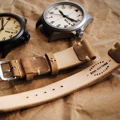 #strapmaker #strap #band #watch #eddfitters #주문제작 #가죽공예 #saddlestitch #lethercraft #letherwork #handmade #핸드메이드 #시계스트랩 #시계줄 #chromexcel #vintagestrap #vintagewatch #heritagestrap #rolex #squale #sinn #damasko #stowa #steinhart #germanwatch #toolwatch www.whatawatches.com by edd_fitters