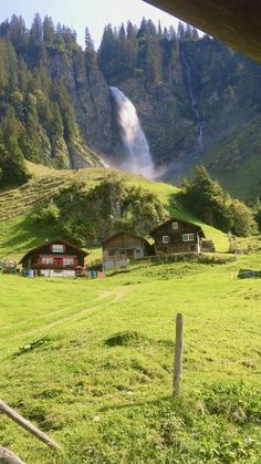 World Most Beautiful Place, Beautiful Photos Of Nature, Beautiful Places To Travel, Nature Film, Nature Scenes, Best Of Switzerland, Nature Photography, Travel Photography, Weekend Hiking