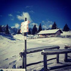 Siamo pronti per la prima #ciaspolata del 2016 ..#dolomiti #winter season #dwh Bivacco Quetta - Malga Termoncello #dolomitidibrenta  by @pineta