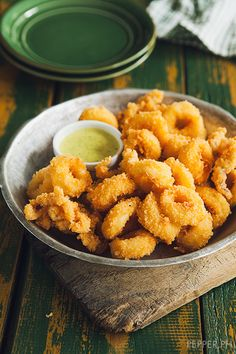 Here's Some Perfect Italiano Parmesan-Crusted Calamari & A Peek Inside our Fridge | Pepper.ph
