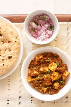 delicious tawa paneer masala recipe - one of the easiest and quick paneer recipe to prepare. #paneer