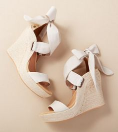 Gorgeous platform wedge sandal with bow detail