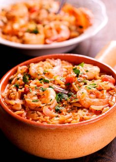 This Instant Pot Orzo with Shrimp, Tomatoes and Feta recipe is the mostmouthwatering combination, pressure cooked only for 3 minutes in a rich tomato sauce, fragrant with parsley and topped with feta cheese.