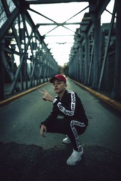 Freestyle Rap, Ayo And Teo, Cameron Boyce, Photography Poses For Men, Billie Eilish, News Songs, Twitter, Hip Hop, Crushes