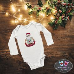 0-3 MONTHS BRAND NEW SANTA box 25 CHRISTMAS THEME BOYS T-SHIRT