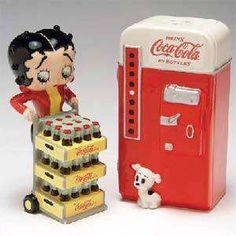 Coca-Cola Betty Boop Salt and Pepper Shakers Pepsi, Imagenes Betty Boop, Betty Boop Birthday, Betty Boop Figurines, Coca Cola Poster, Coca Cola Decor, Always Coca Cola, Vintage Coke, Betty Boop Pictures