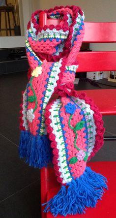 """Haken. Sjaal voor Julia, naar een voorbeeld van """"ambela"""""""